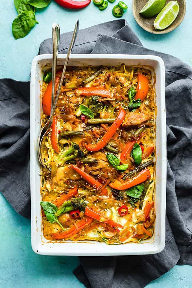 A round up of 25 delicious Paleo casseroles with some Whole30 options too! Lots of variety here, don't get stuck making the same old boring casserole. | realsimplegood.com