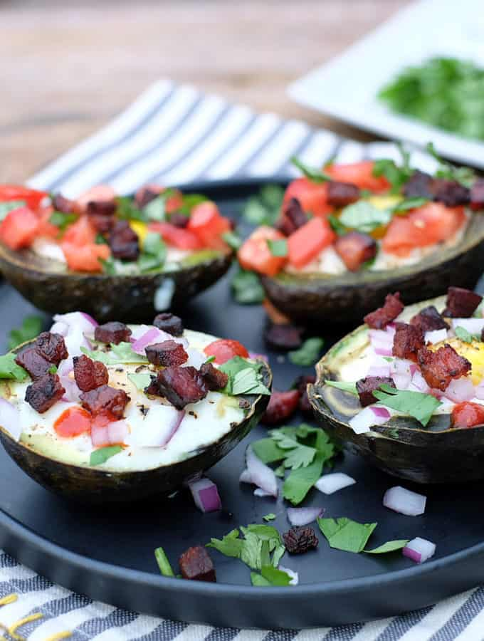 Baked Avocado Cups