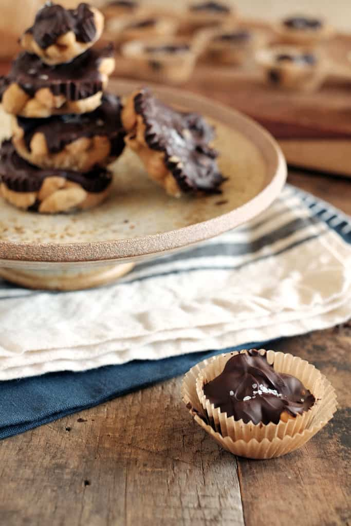 Salted chocolate caramel cashew clusters