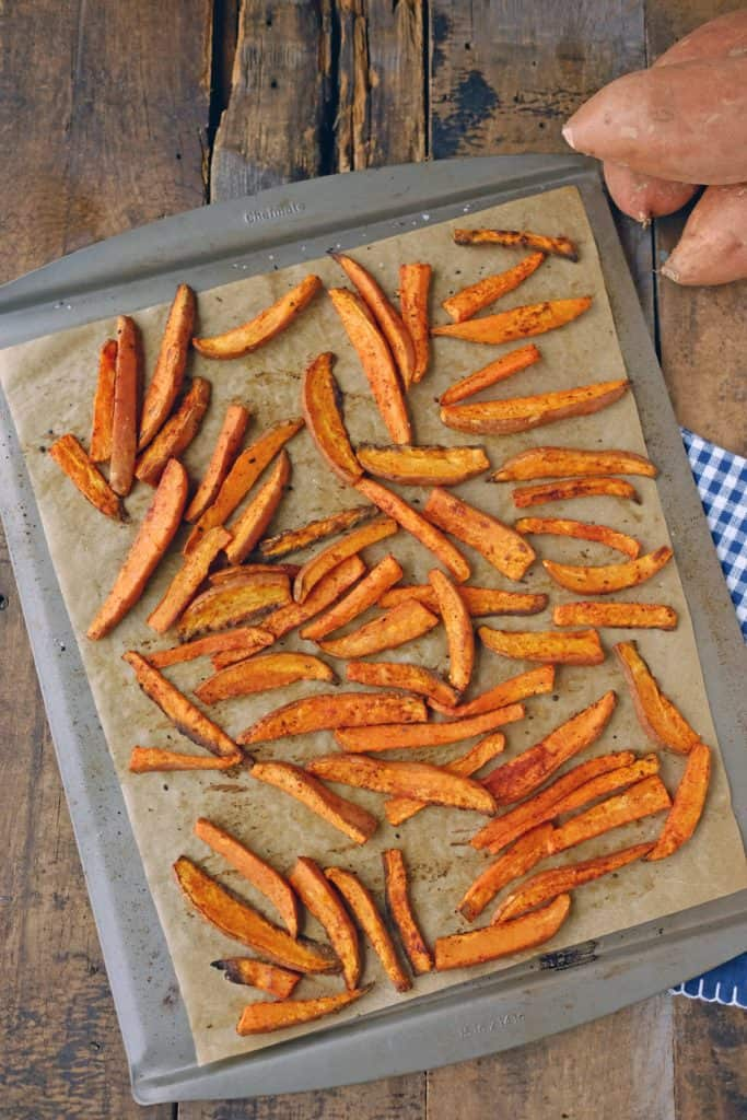 Who doesn't love sweet potato fries?! Our Paleo + Whole30 simple sweet potato fries are yet another sweet and salty combo, you really can't go wrong. Paleo + Whole30. | realsimplegood.com