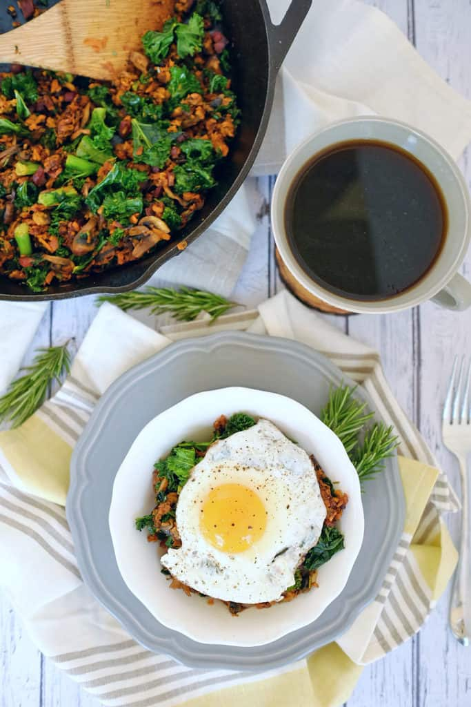 This sweet potato breakfast hash comes together effortlessly and is a healthy, clean and flavorful way to start your day. Paleo and Gluten Free. |realsimplegood.com