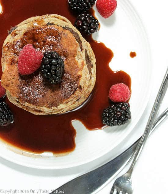This Paleo pancake roundup features 10 drool-worthy pancakes from your favorite Paleo bloggers. Recipes are gluten free, Paleo and 100% delicious!   realsimplegood.com