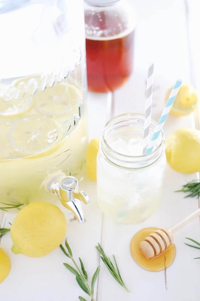Sipping this homemade honey lavender lemonade out on your patio or porch is the perfect way to spend a summer afternoon or evening. Refined Sugar-Free. | realsimplegood.com