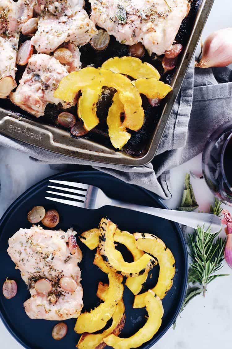 One pan meals are such a lifesaver! Less dishes, less prep, less time. This sheet pan chicken and squash dinner, is perfect for the fall and winter. Paleo, Gluten-Free + Dairy-Free. | realsimplegood.com