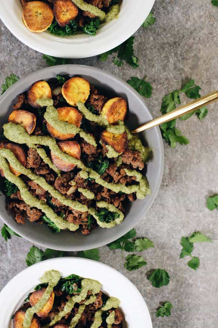 These Paleo and Whole30 ground beef and plantain bowls are a simple, no-fuss preparation and great for folks new to cooking with plantains. Paleo + Whole30 | realsimplegood.com