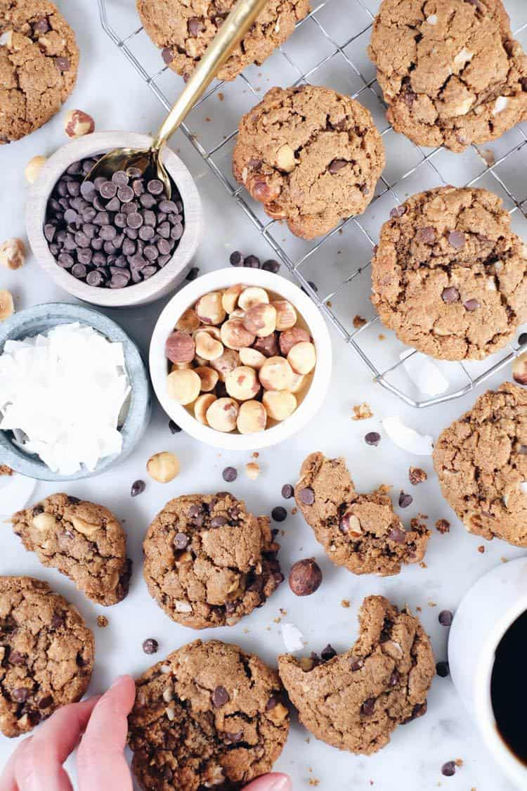 Want a salty-sweet treat without spending a ton of time in the kitchen? These hazelnut chocolate chip cookies are about to be your jam! Paleo, Gluten-Free, Dairy-Free + Refined Sugar-Free. | realsimplegood.com