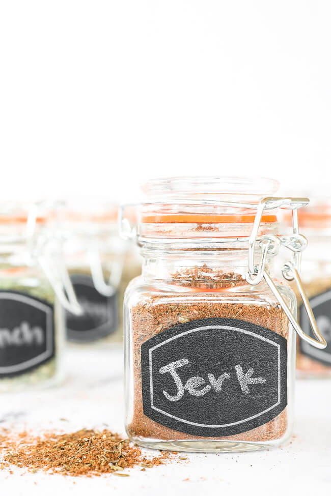 DIY spice blends in jars straight on image