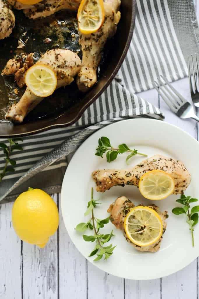 This Paleo + Whole30 lemon oregano chicken is so simple with only six ingredients, two of which are salt and pepper. Talk about an easy weeknight dinner! Paleo + Whole30. | realsimplegood.com