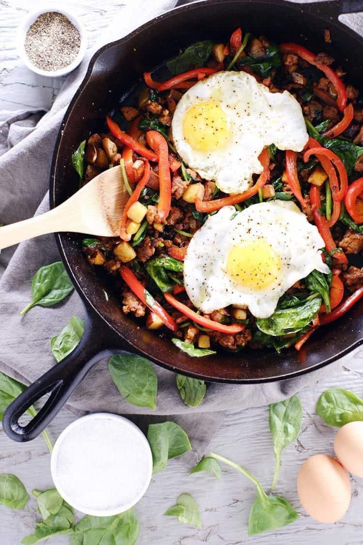 Breakfast is our jam! This chorizo breakfast hash is as flavorful and hearty as they come! It's packed full of protein, fats, carbs and greens! Paleo, Gluten-Free + Dairy-Free. | realsimplegood.com
