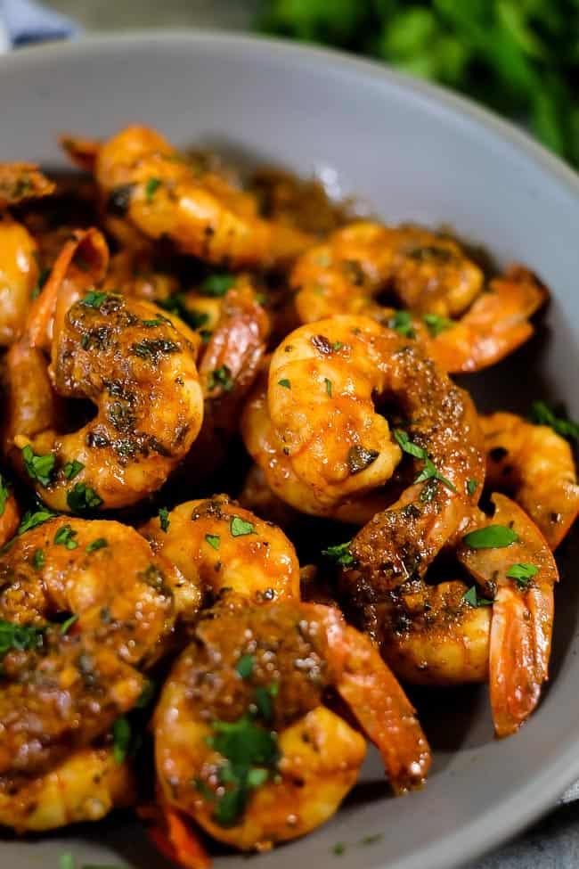 Paleo + Whole30 chili lime shrimp close up.